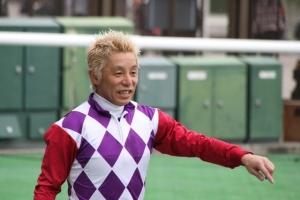 熊沢騎手 金髪
