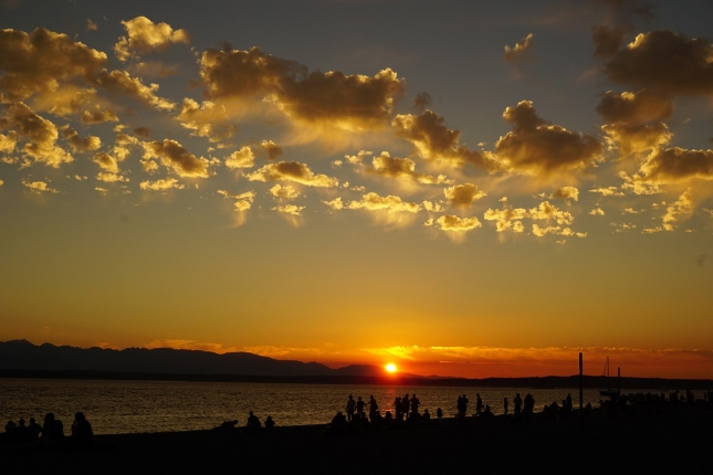 sunset-958675_1280.jpg