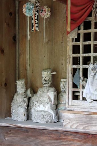 成相寺の神像