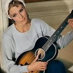 Audrey Hepburn - Moon River2