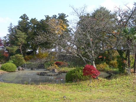 梁川城 心の字池