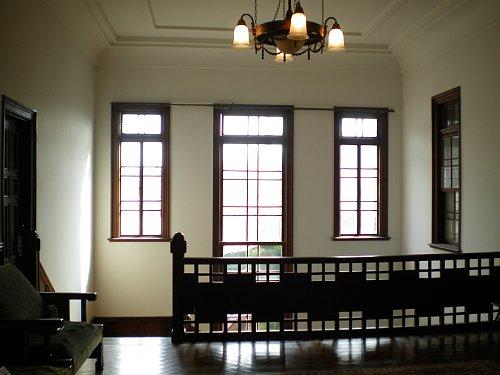 石川組・2F階段ホール