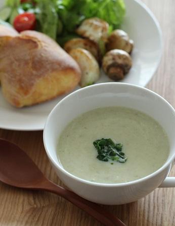 野菜の芯のスープ