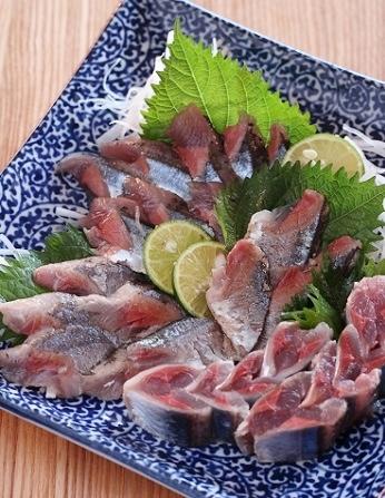 秋刀魚刺身1