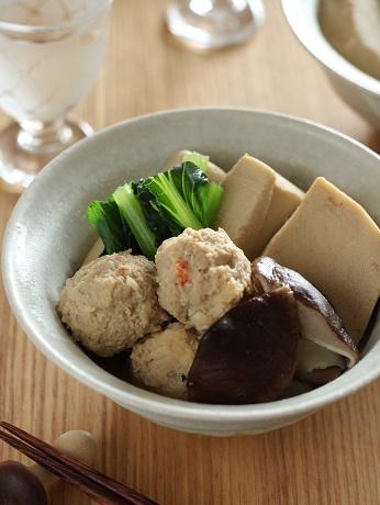 高野豆腐とエビ入り肉団子の煮もの