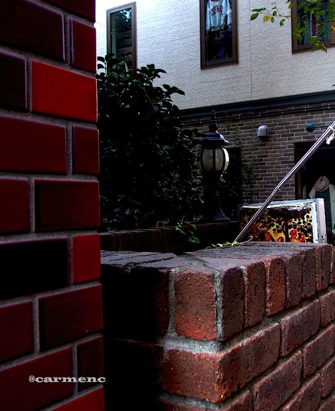 煉瓦と街灯