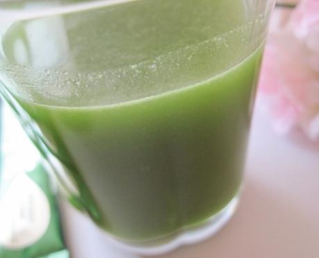 1日、2包で350gが摂れる!100%国産30品目『まごわやさしい』【エバーライフ 飲みごたえ野菜青汁】美容成分入り!