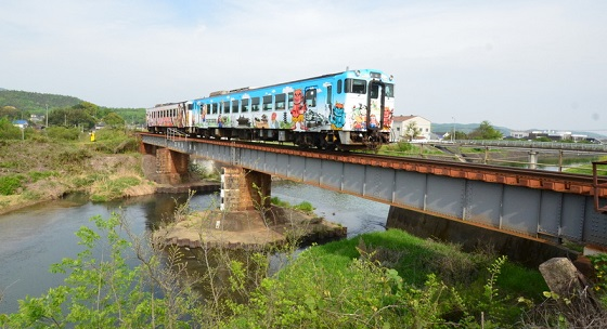 DSC_9311桃太郎列車
