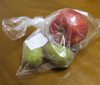キウイをリンゴで熟させる