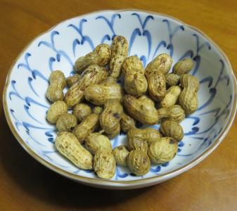落花生茹で豆(摘み)