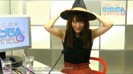 美人声優・小松未可子さんが真正面から修正無しの免許証写真を公開