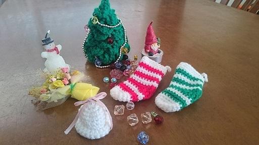 グッズクリスマス編み物